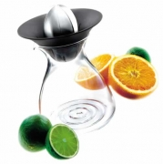 Citrus squeezer with glass jug. EVA SOLO